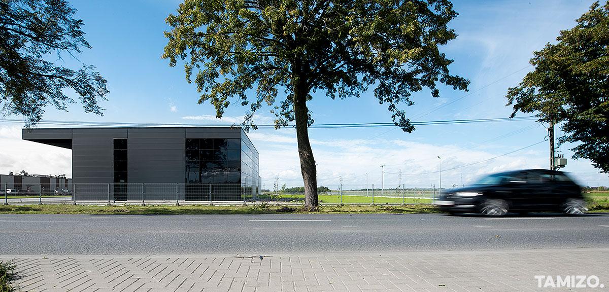 A070_tamizo_architects_hala_plock_inntec_realizacja_biurowy_budynek_halowy_01